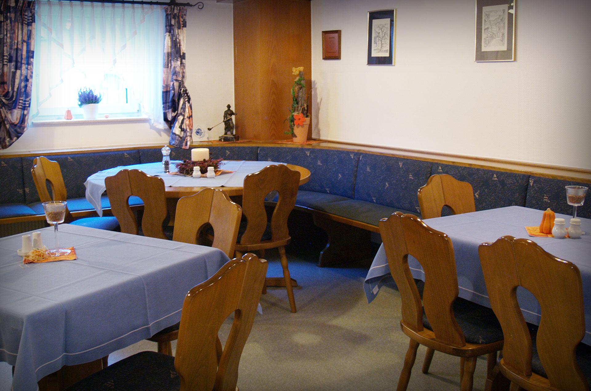 Gasthof-Kanzelstein-Tisch3