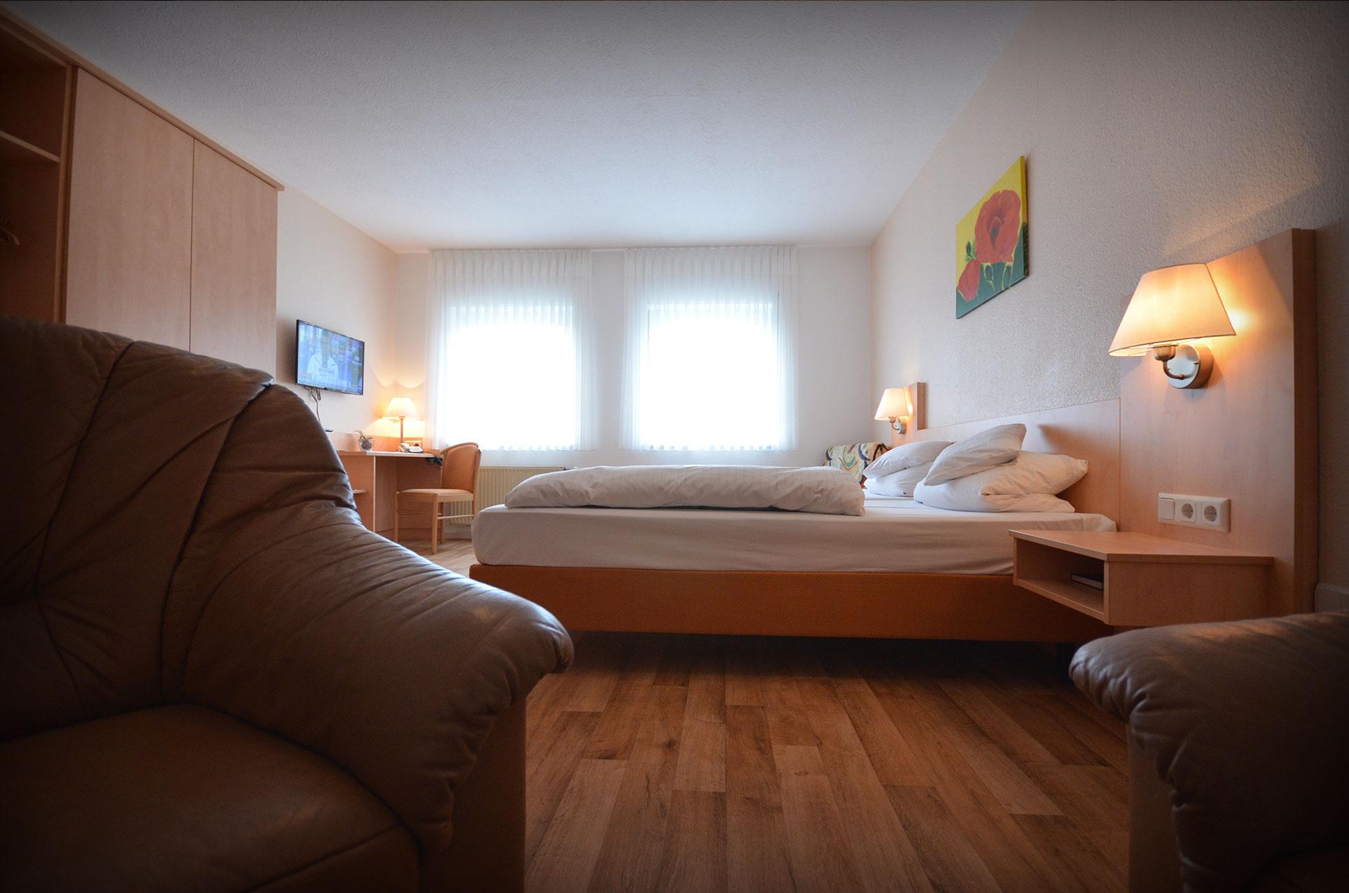 Gasthof-Kanzelstein-Zimmer-TV2