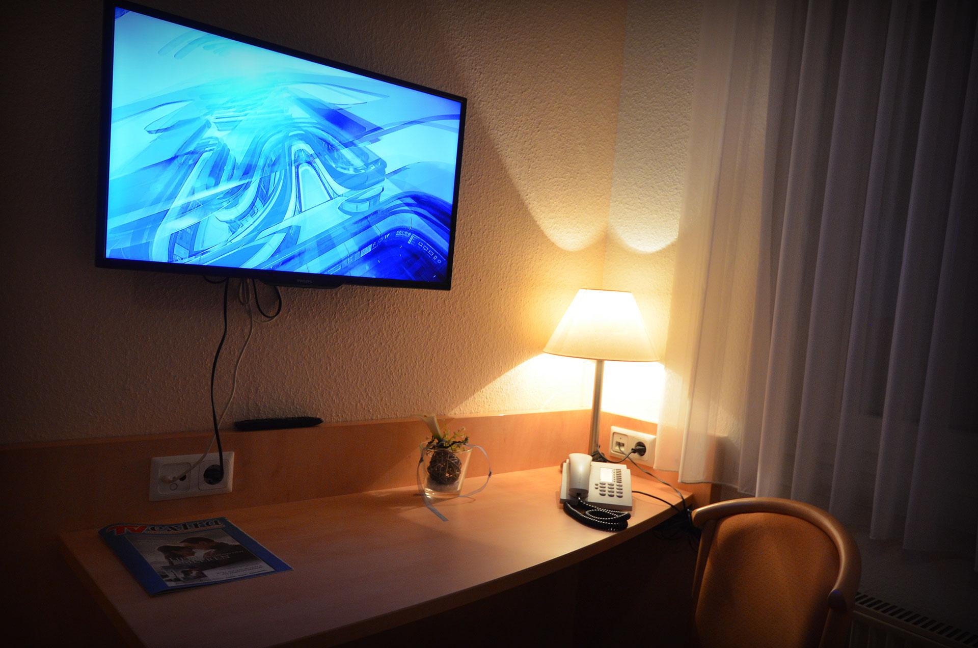 Gasthof-Kanzelstein-Zimmer-TV